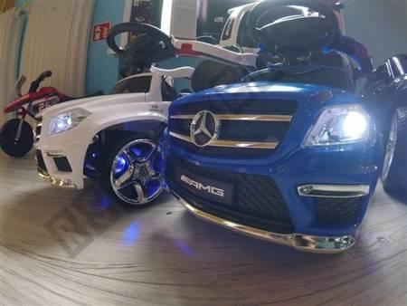 Vehicle pusher Mercedes GL63 AMG white