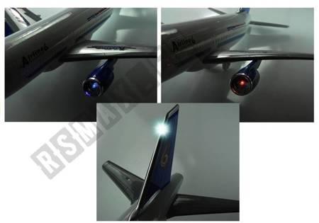 Großes Passagierflugzeug 69 cm Sound&Licht Spielzeug Flugzeug für Kinder 3+