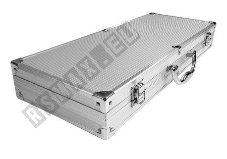 Duża walizka z akcesoriami do grilowania